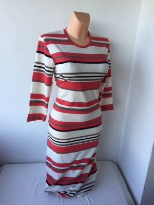 b2d0af9fb883 Pruhované šaty KLOLERA s 3 4 rukávem